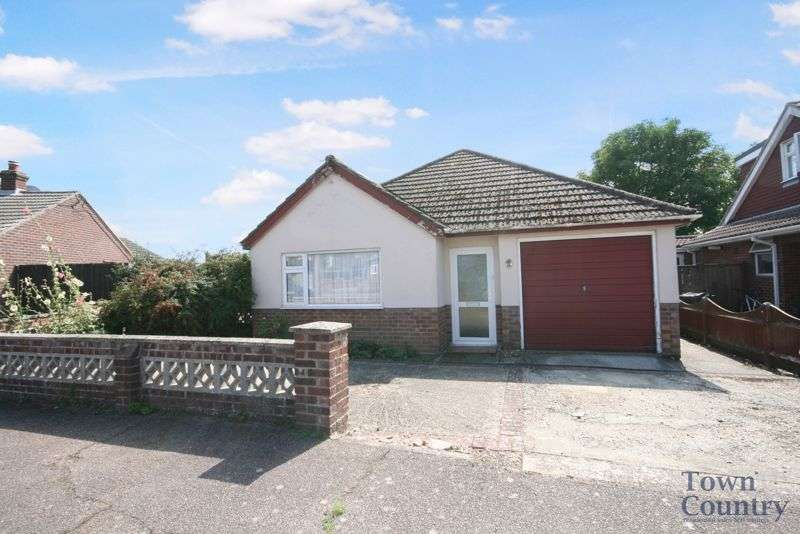 3 Bedrooms Property for sale in Beaumont Avenue, Brightlingsea, CO7