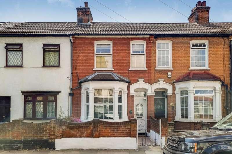 3 Bedrooms House for sale in Devon Road, IG11, Barking, IG11