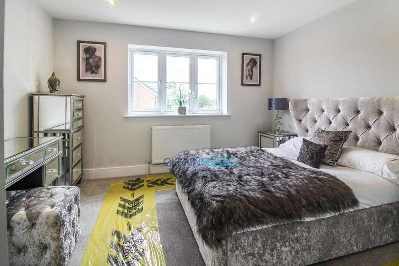 2 Bedrooms Semi Detached House for sale in 0.5 Miles From Slough Train Station * 5,000 Stamp Duty Contribution From Developer *