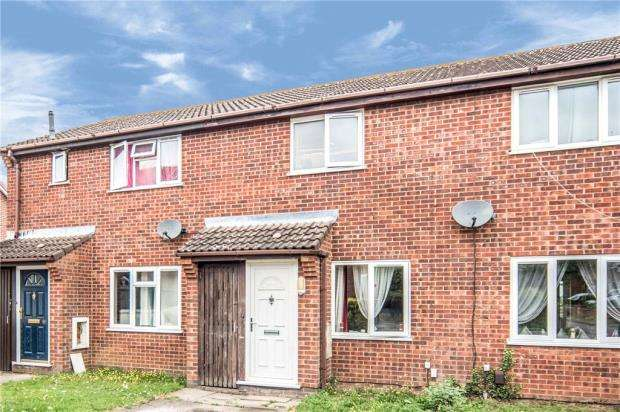 2 Bedrooms Terraced House for sale in Canberra Road, Shortstown, Bedford