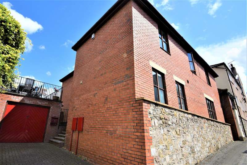 4 Bedrooms Detached House for sale in Walking distance to Westbury Village & Henleaze Road Shops