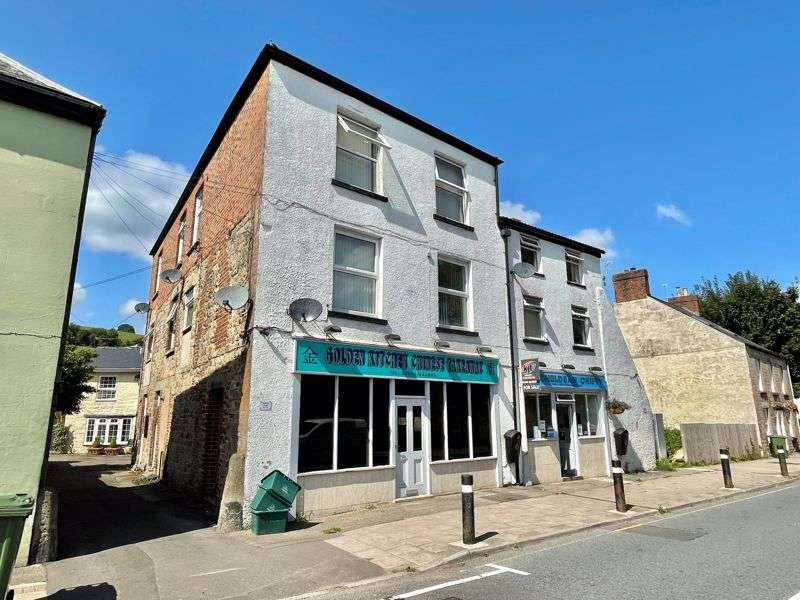 Property for sale in High Street, Mitcheldean