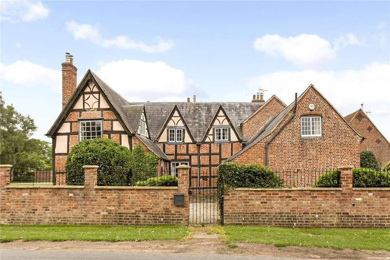 5 Bedrooms Detached House for sale in Tredington, Tewkesbury, Gloucestershire, GL20