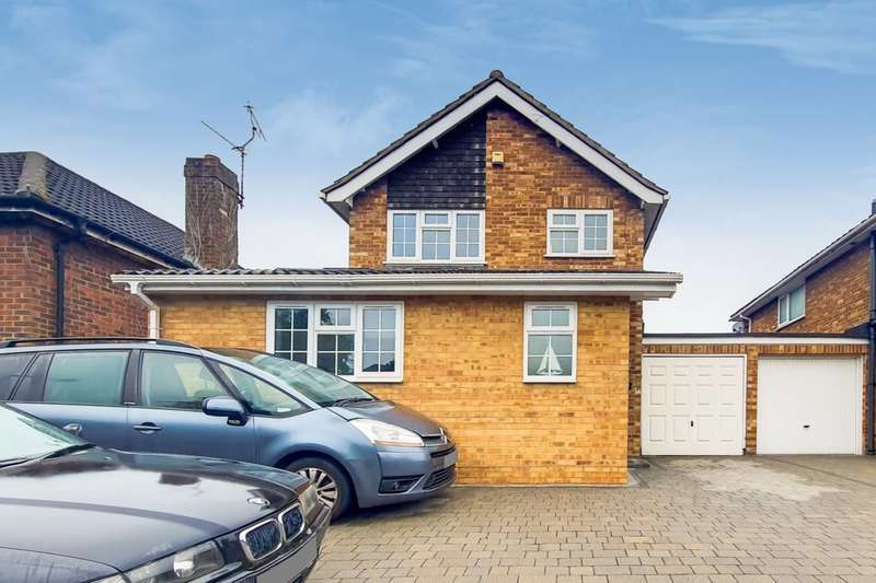 3 Bedrooms Detached House for sale in Huntercombe Lane, Burnham, SL1