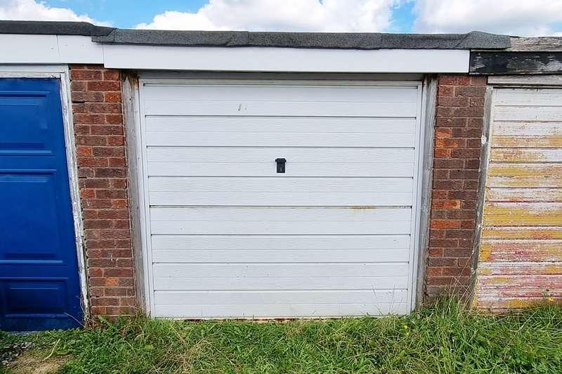 Garages Garage / Parking for rent in Buttermere Road, Partington, Manchester, M31