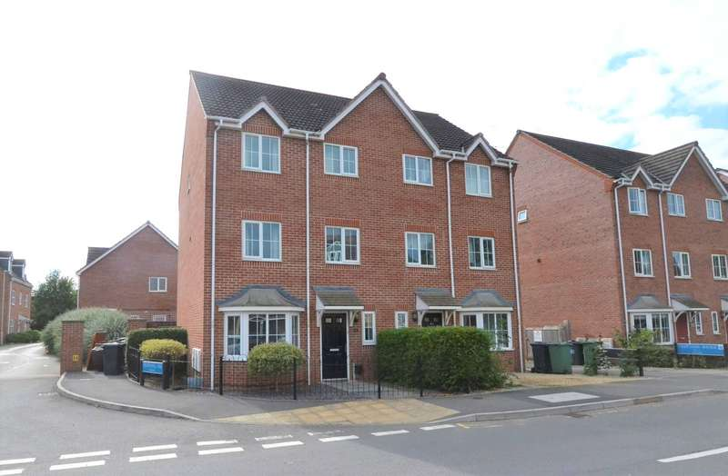 4 Bedrooms Semi Detached House for sale in Thatcham Avenue Kingsway, Quedgeley, Gloucester, GL2