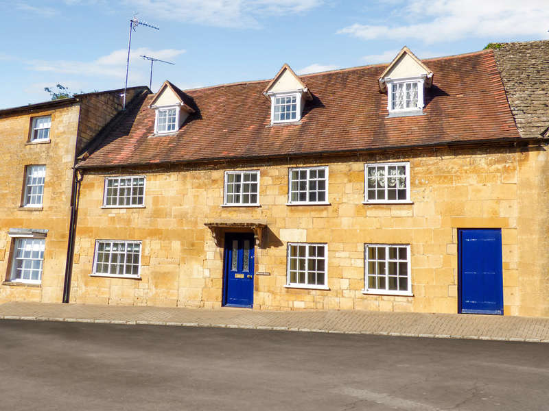 4 Bedrooms Terraced House for sale in Church Street, Chipping Campden