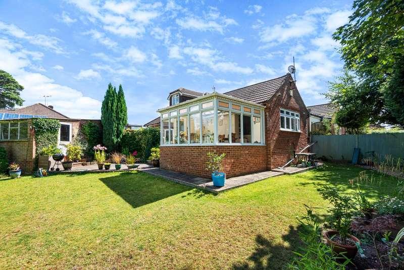 3 Bedrooms Semi Detached Bungalow for sale in Ascot, Berkshire, SL5