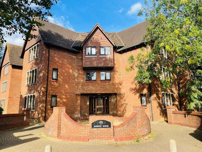 2 Bedrooms Flat for sale in 77 Bromham Road, Bedford, MK40 2JU