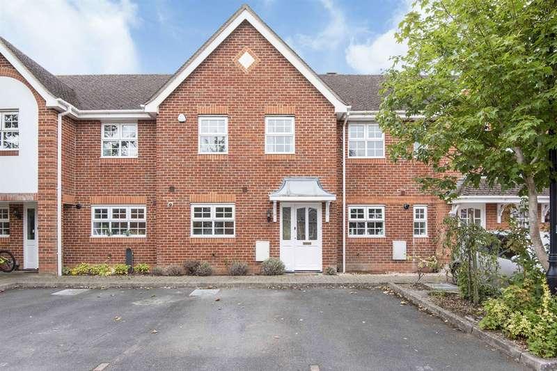 3 Bedrooms Town House for sale in Artillery Mews, Tilehurst Road, Reading, RG30