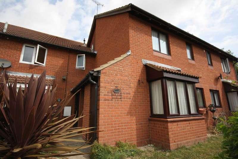 1 Bedroom Terraced House for rent in Sunbury Court, North Shoebury