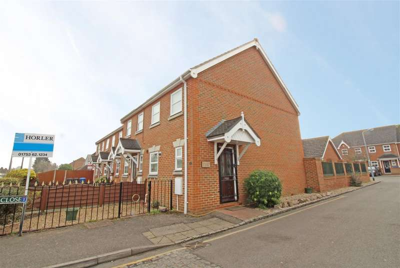 2 Bedrooms End Of Terrace House for sale in Selwyn Close, Windsor