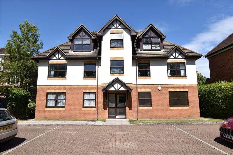 2 Bedrooms Apartment Flat for sale in Yorktown Road, Sandhurst, Berkshire, GU47