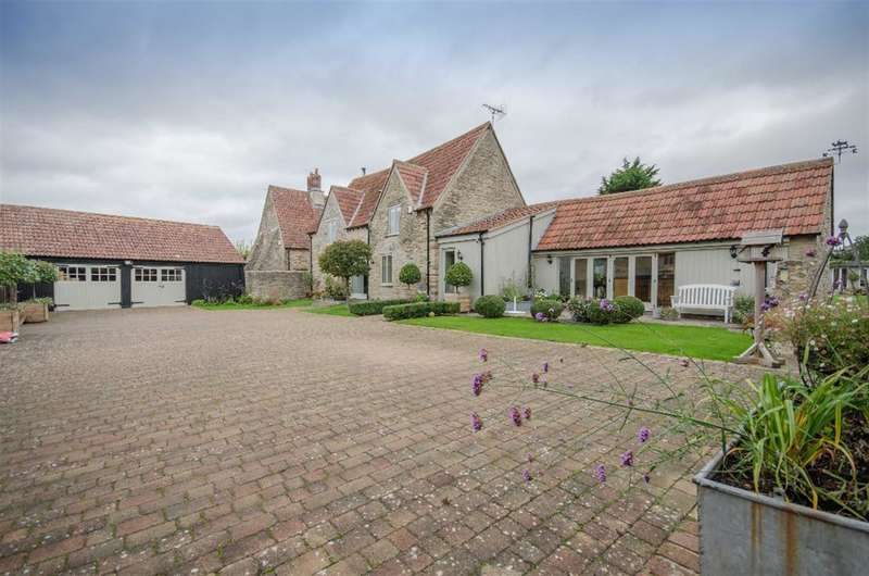 3 Bedrooms Detached House for sale in Lyde Green, Bristol, BS16 7NT