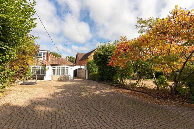 4 Bedrooms Semi Detached House for sale in Barkham Ride, Finchampstead, Wokingham, Berkshire, RG40
