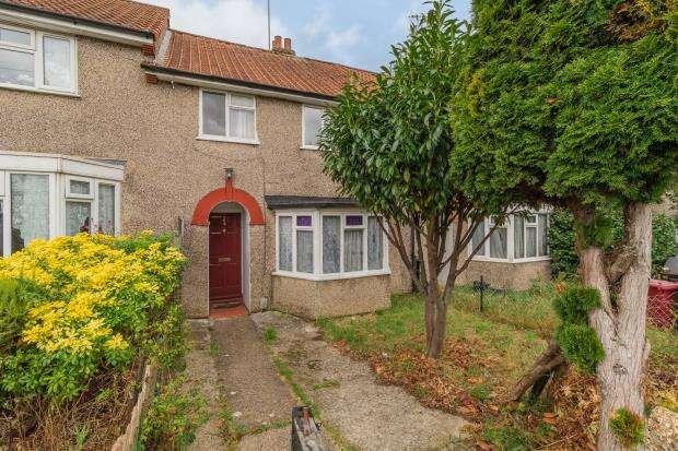 3 Bedrooms Terraced House for sale in Norcot Road, Tilehurst, Reading