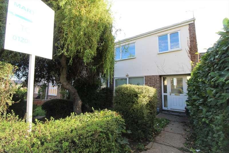 4 Bedrooms Property for rent in Hamlet Drive, Greenstead CO4
