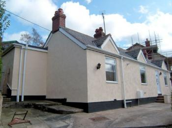 2 Bedrooms Detached Bungalow for sale in Luke Street, St Asaph