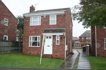 3 Bedrooms Detached House for sale in Meadowgates, Bolton-upon-Dearne, Rotherham