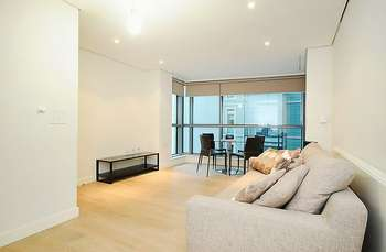 2 Bedrooms Property for sale in Merchant Square East, W2