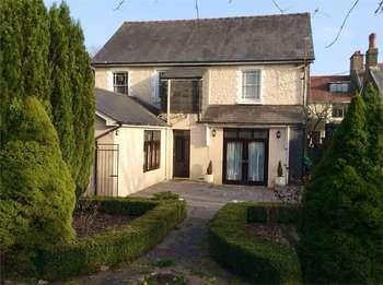 5 Bedrooms Detached House for sale in Tredegar Road, EBBW VALE, Blaenau Gwent