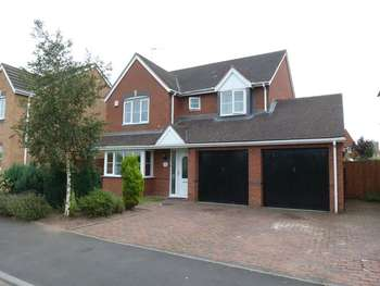 4 Bedrooms Detached House for sale in Alder Avenue, Kidderminster