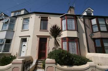 4 Bedrooms Terraced House for sale in Holyhead, Anglesey