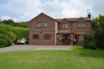 5 Bedrooms Detached House for sale in North End, South Ferriby
