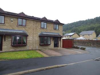 3 Bedrooms Semi Detached House for sale in Foxfield Drive, Rossendale
