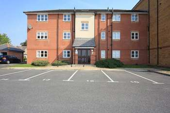 2 Bedrooms Flat for sale in Farnside Court, Aigburth, Liverpool, L17