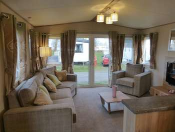 3 Bedrooms Detached House for sale in Scratby