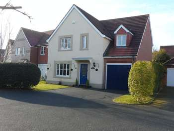 4 Bedrooms Detached House for sale in Muxton, Telford