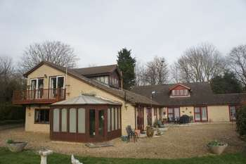 7 Bedrooms Detached House for sale in Wansford