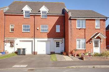 3 Bedrooms Terraced House for sale in Longtown Grove, Newport