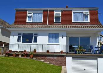 4 Bedrooms Detached House for sale in Dolphin Crescent, Paignton, Devon