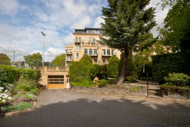 3 Bedrooms Ground Flat for sale in 14B/4 Riversdale Crescent, Murrayfield, Edinburgh, EH12 5QT