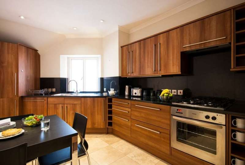 3 Bedrooms Apartment Flat for rent in Stratton Street, Mayfair, W1