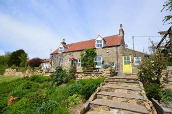 3 Bedrooms Cottage House for sale in Sunny Brow, Whitby