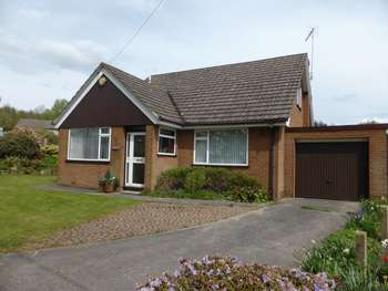 4 Bedrooms Detached Bungalow for sale in Dingle Lane,
