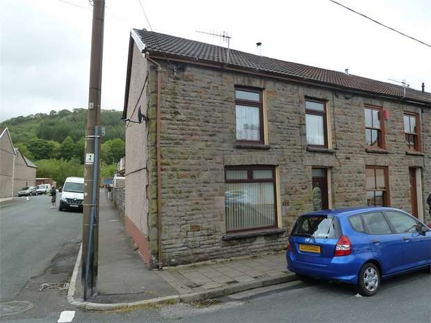 3 Bedrooms End Of Terrace House for sale in Baglan Street, Pentre, Mid Glamorgan