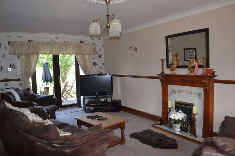 4 Bedrooms Detached House for sale in Mill Lane Brigg