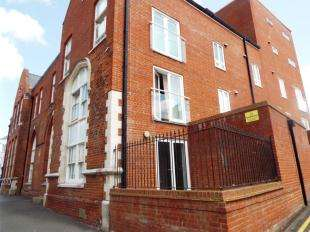 1 Bedroom Flat for sale in Trinity Court, 50-51 Trinity Square, Margate, Kent