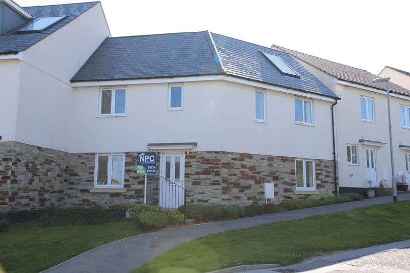 4 Bedrooms House for sale in Littledale Row, Newquay