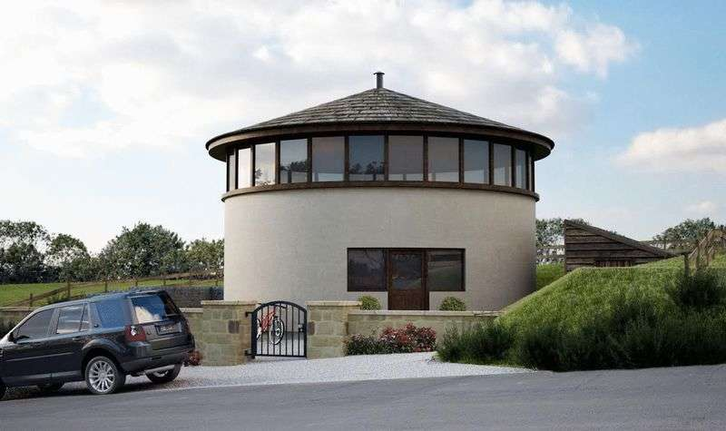 3 Bedrooms Property for sale in Bradshaw Road, Affetside, Bury