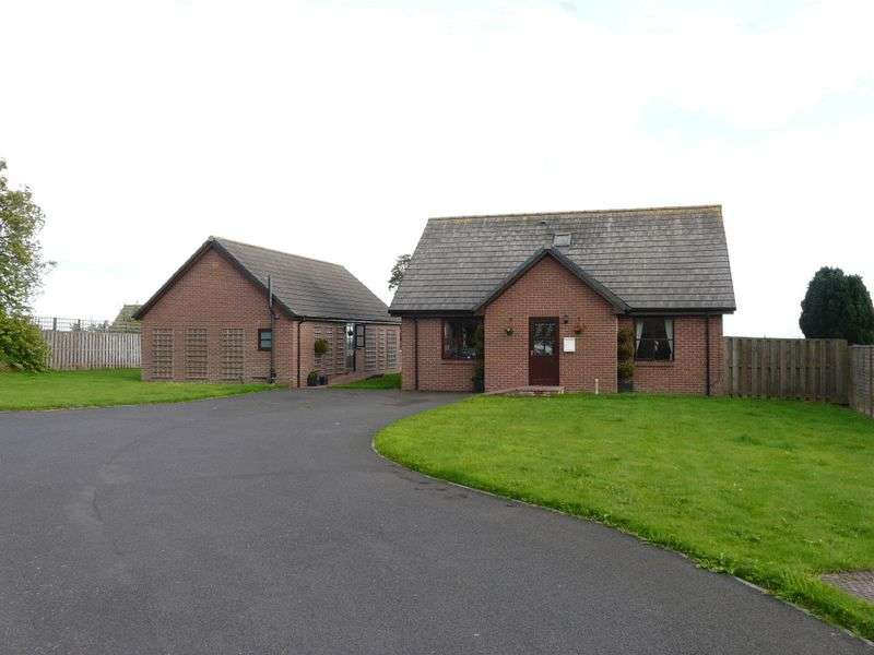 4 Bedrooms Detached House for sale in Cheviot Park,Foulden, Berwick-Upon-Tweed