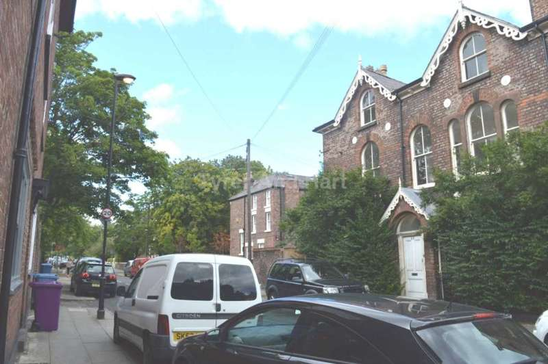 8 Bedrooms House Share for rent in Ivanhoe Road, Aigburth