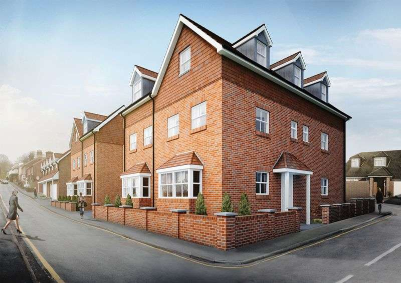 2 Bedrooms Flat for sale in Upper South View, Farnham