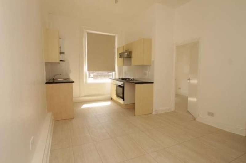 1 Bedroom Flat for sale in Peckham High Street, London, SE15