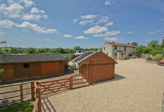 3 Bedrooms Detached House for sale in Low Ham, SOMERTON, Somerset