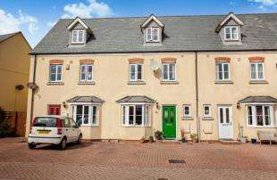 4 Bedrooms Terraced House for sale in St. Columb Major, Cornwall
